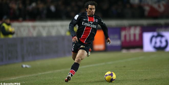 Lateral-direito Ceará defendeu o Paris Saint Germain em 197 jogos.Foto: C.Gavelle/PSG