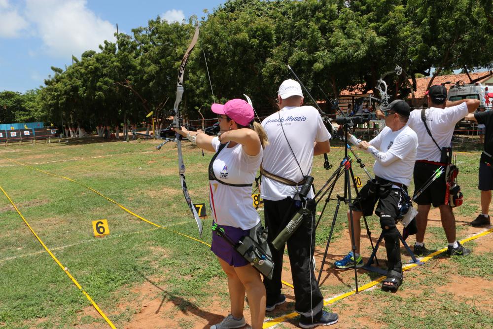 Praticantes do tiro com arco possuem local específico de treino em Fortaleza. Foto: http://arcoeflechace.com/ Divulgação