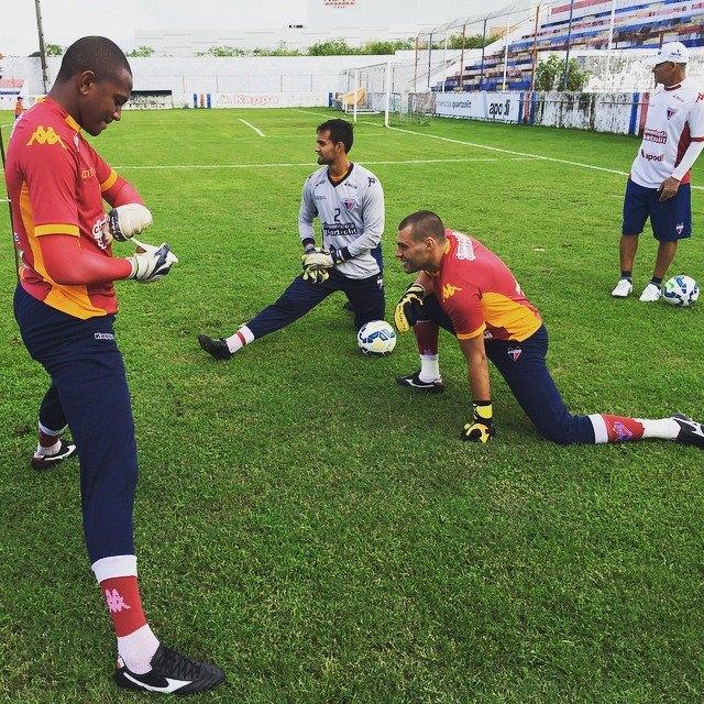 Erivelton (à esquerda) fará seu quinto jogo oficial pelo Fortaleza. Foto: Fortaleza EC/ Divulgação