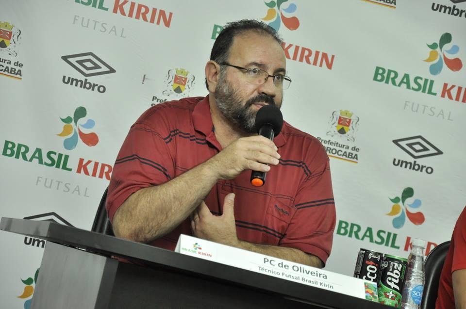 PC de Oliveira comandou o Brasil Kirin Sorocaba em 2015. Foto: Facebook/Divulgação
