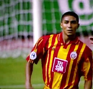 Ex-atacante Jardel foi autor dos gols que deram o título de campeão da Supercopa da Europa ao Galatasaray contra o Real Madri. Foto: Uefa.com