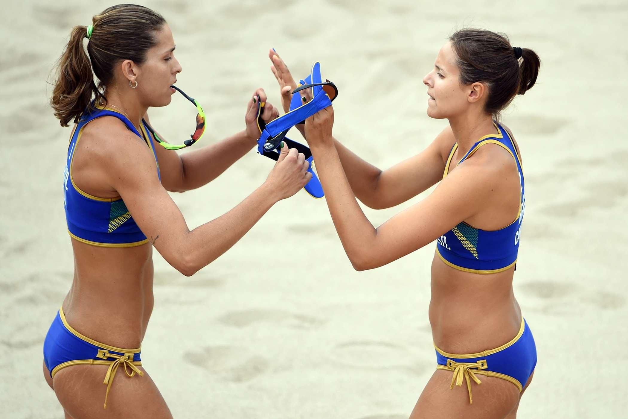 Cearense Carol Horta (à direita) busca sua primeira medalha nos Jogos Pan-americanos. Foto:CBV/Divulgação