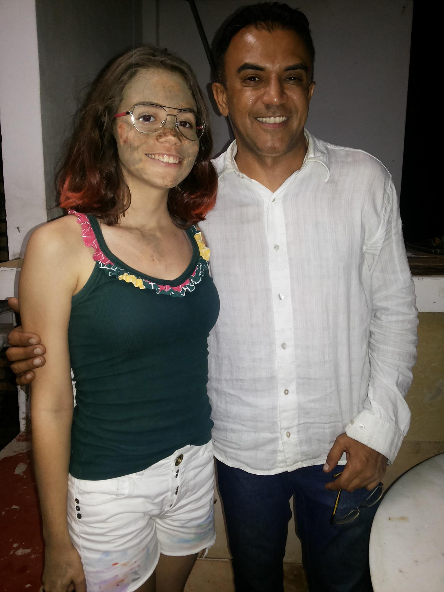 Diretor Clébio Viriato Ribeiro e Carina Torquato, umas das figurantes de Maranguape. Foto Dadynha Saturnino
