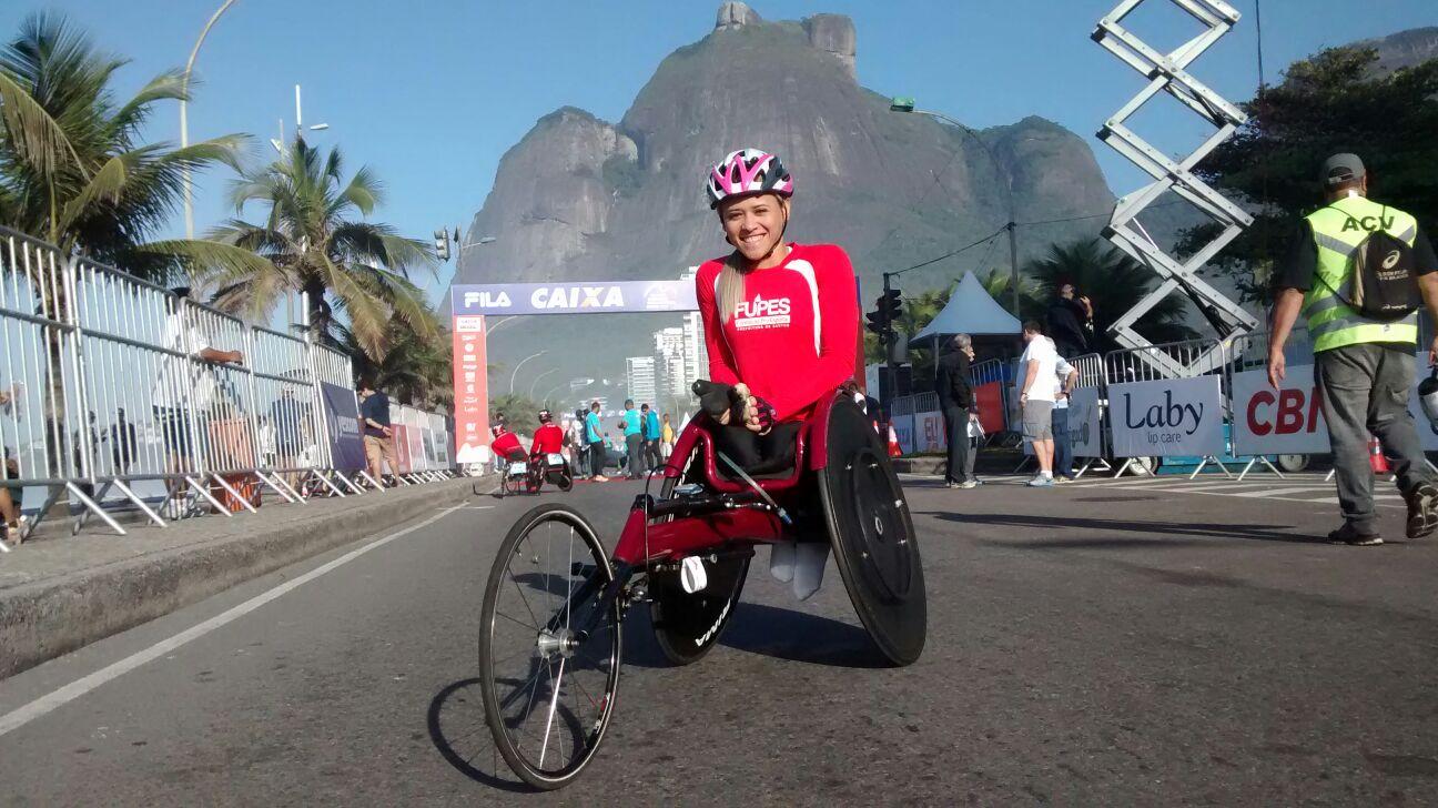 Paraatleta cearense foi a primeira a completa a linha de chegada entre todos os competidores. Foto: Arquivo Pessoal