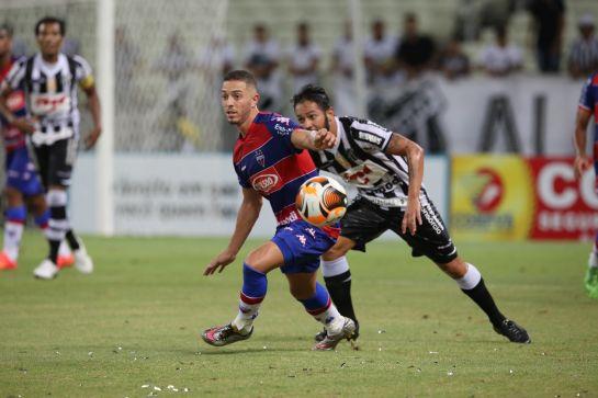Os gols foram marcados por Assisinho e Anselmo. Foto: Fabio Lima/O POVO