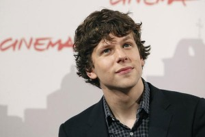 Jesse Eisenberg viverá Lex Luthor em filme recheado de incertezas