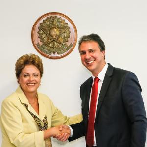 Dilma Rousseff recebe Camilo Santana estão satisfeito. Você está? / Foto: Roberto Stuckert Filho/PR.