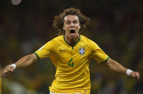 Zagueiro David Luiz foi o autor do gol da última vitória do Brasil no  Castelão. 08b1341cdbc2b